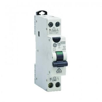 Compacte 18mm brede aardlekautomaat 2P 16A 30mA C-karakteristiek